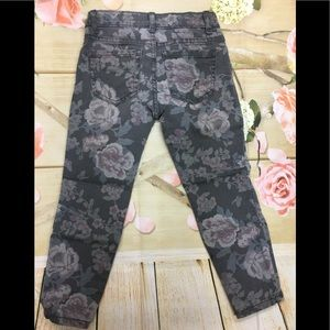 79c57b53ed39b The Children's Place Bottoms - Children's place girls rose jegging NWT